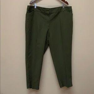 🛍Liz Claiborne hunter green dress slacks